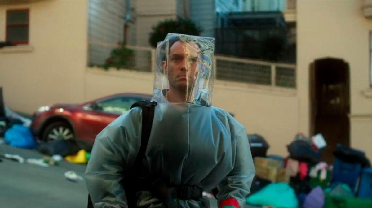 """man in hazmat suit in """"Contagion"""""""