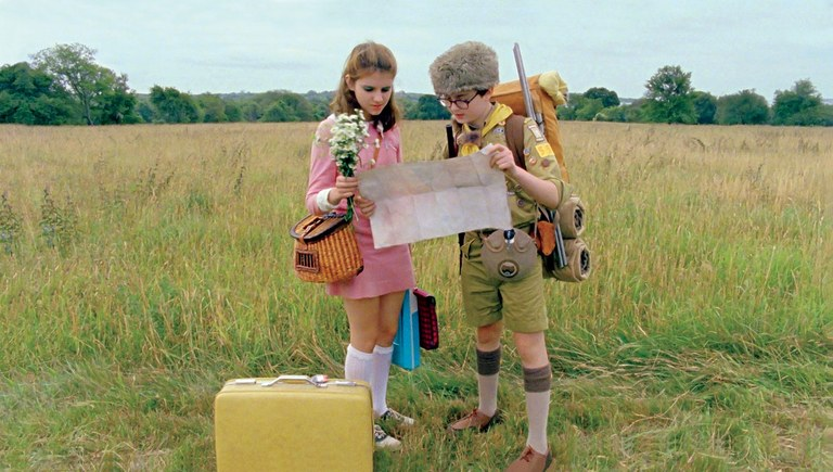 """girl and boy in a field in """"Moonrise Kingdom"""""""