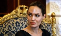 Angelina Jolie: Congo Women, Girls Meet Actress