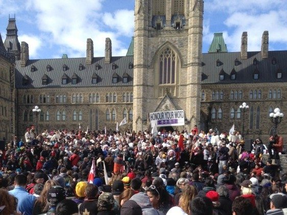Hundreds of supporters gather on Parliament Hill to welcome the Journey of Nishiyuu walkers—7 young Cree men who trekked 1,600km from their remote village to Ottawa to call attention to aboriginal issues. (Jode Kechego)