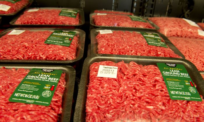 Lean ground beef for sale in a California Walmart in a file photo. (Robyn Beck/AFP/GettyImages)