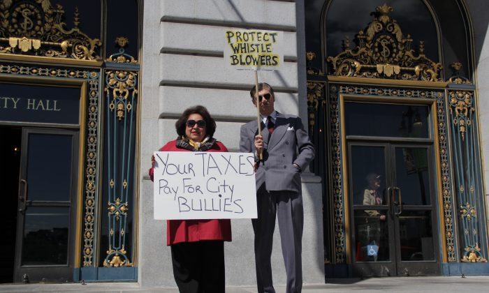 Dr. Derek Kerr at an anti-bullying rally at San Francisco City Hall on April 15, 2013. (Christian Watjen/The Epoch Times)