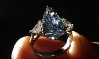 Australian Scientists Make Diamonds in Minutes in Lab