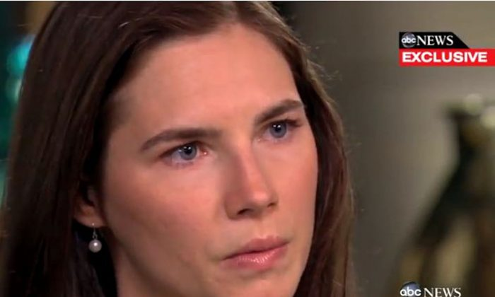 """Amanda Knox speaks in an exclusive interview with ABC New's Diane Sawyer on April 30, 2013, the same day her book, """"Waiting to be Heard,"""" was released. (Screenshot Via The Epoch Times)"""