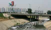 In China, a Toxic Environment Reflects Officials' Priorities