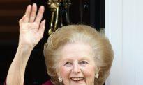 Margaret Thatcher Dies of Stroke at 87