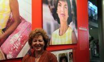 Kennedy Exhibition Inspires Comparisons With Obamas