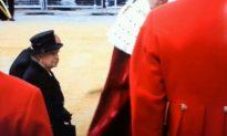 Queen Dodges Sword at Thatcher Funeral (+Video)