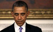 President Obama Consoles After Massive Tornado