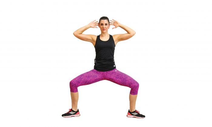 Multi-tasking works abs and legs all in the same move. (Jocelyn Bong Brisbane Australia)