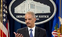 Holder Says He Wasn't Involved in AP Record Probe