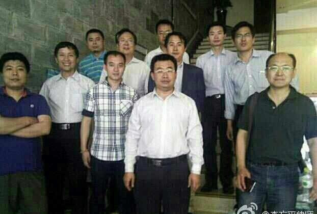 The eleven lawyers were photographed after their arrest and beating in Sichuan on May 13 and 14, after they visited a brainwashing center there. From left to right: Wen Haibo, Tang Jitian, Wang Cheng, Tang Tianhao, Liang Xiaojun, Jiang Tianyong, Guo Haiyue, Li Heping, Zhang Keke, Lin Qilei, Yang Huiwen. (Li Fangping via Weibo.com)