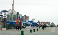 Luna Park Workers Discuss Opening Amid Last Minute Sandy Repairs