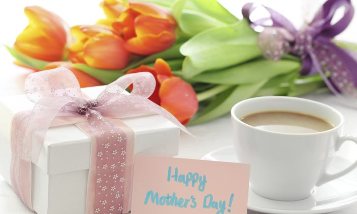 Flowers and gifts are traditionally given to moms for Mother's Day. (Liang Zhang/Photos.com)