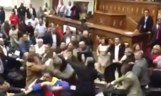 Brawl in Venezuela Parliament Over Disputed Election