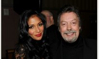 Tim Curry Stroke: Curry Recovering at Home After Stroke