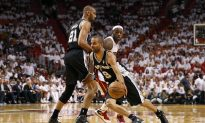 NBA Finals: Photo Gallery Game 2