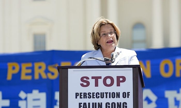 Congresswoman Ileana Ros-Lehtinen (R-Fla), speaking at a rally on the West Lawn of the U.S. Capitol in Washington, DC, Thurs. July 14, 2011, said 'The persecution of Falun Gong must end, and it must end now.' (Shaoshao Chen/Epoch Times)