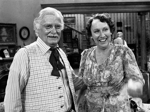 """Co-stars Art Carney, left, and Jean Stapleton stand together during a rehearsal for the play """"You Can't Take it With You"""" in Los Angeles on May 14, 1979. Stapleton has died at the age of 90. John Putch said Saturday, June 1, 2013 that his mother died Friday, May 31, 2013 of natural causes at her New York City home surrounded by friends and family. (AP Photo/Brich)"""