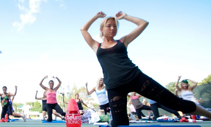 Personal trainer Tracy Anderson works out at the Hopes 4 ALS Family Fitness Day on July 31, 2010 in New York. (Matthew Peyton/Getty Images for Neuro Drinks)