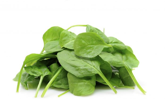 Deficiencies in this mineral can contribute to age-related memory decline, so make sure eat magnesium-rich foods like spinach. (Norman Chan/Photos.com)