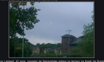 UK UFO: Man Takes Photo of 2 Hovering Lights