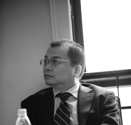 A picture of Yuan Yulai from his Sina Weibo account. Yuan has represented child victims of sexual offenses, and has come under pressure from judicial supervisory officers not to take on such cases. A web of laws and legal interpretations makes officials hard to punish. (Weibo.com screenshot via The Epoch Times)