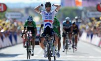 Cav Wins 25, Major GC Shake-Up at Tour de France Stage 13