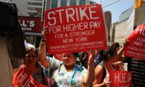 Fast Food Workers Rally in NY for Higher Wages