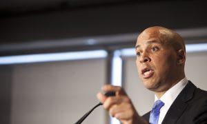 Cory Booker, Newark Mayor, Wins Democratic Primary for Senate