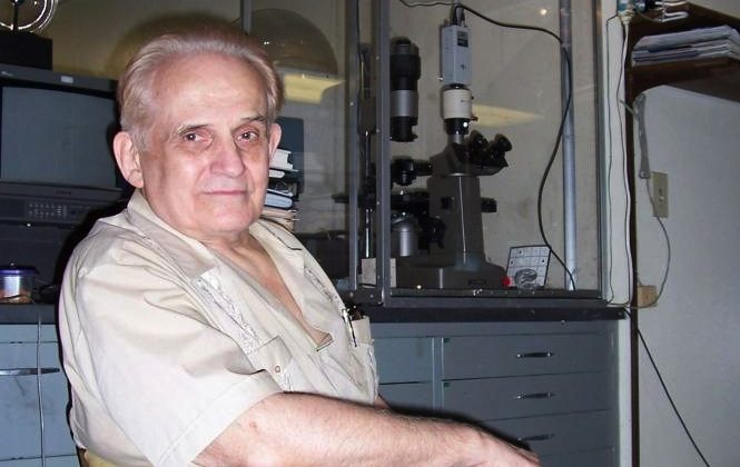 Cleve Backster in his San Diego lab in this file photo, where he investigates primary perception. (Courtesy of Cleve Backster)