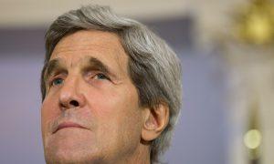 Kerry in Pakistan to Talk Drones, Taliban, Stability