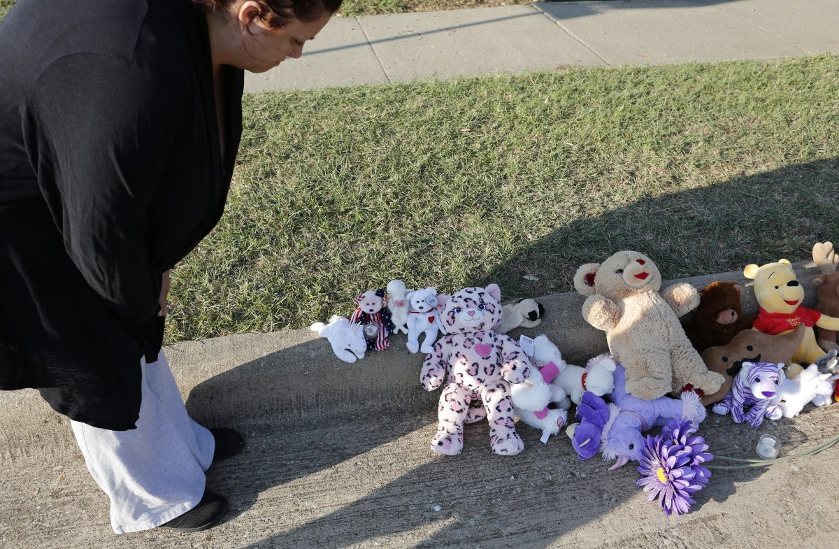 Alanna Gallagher case: Purple ribbons cover Saginaw, Texas, in memory of little girl