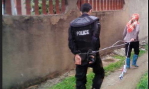 Migrant Workers in China Kidnap Two Policemen During Stand-off
