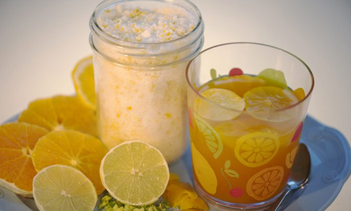 Citrus infused sugar with lemon and orange rinds.(Cat Rooney/The Epoch Times)