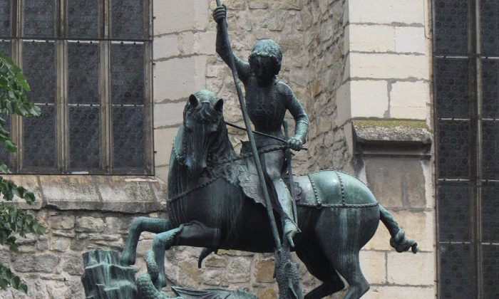A copy of the statue of St. George Slaying the Dragon in Cluj, Romania. Bronze, erected in 1904. (Wikimedia commons)