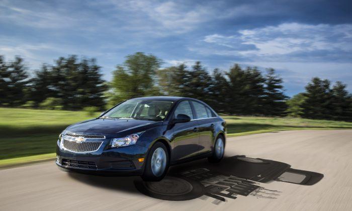 2014 Chevrolet Cruze Turbo Diesel (Courtesy of Chevrolet)