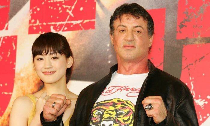 """Sylvester Stallone did not die in a car accident. Here, he walks on the red carpet during """"Rambo"""" Japan Premiere at Roppongi Hills on May 8, 2008 in Tokyo, Japan. (Koji Watanabe/Getty Images)"""