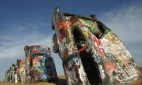 Weird America: 5 Strangest Roadside Attractions