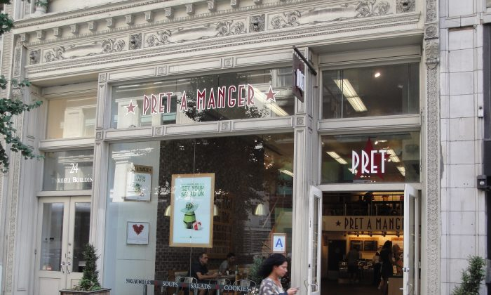 The Pret A Manger restaurant at 24 West 23rd Street in Chelsea, where one staff member was allegedly skimming credit card details from customers. (Sarah Matheson/Epoch Times)