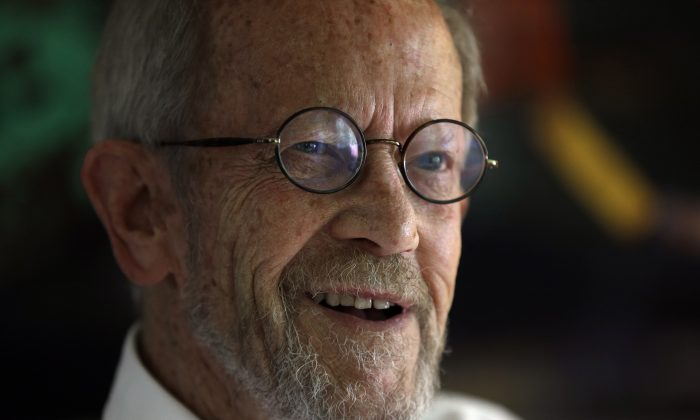 Author Elmore Leonard smiles during an interview at his Bloomfield Township, Mich., home Monday, Sept. 17, 2012. (AP Photo/Paul Sancya)