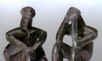 'The Thinker' of Hamangia: A Modern Statue of the Neolithic