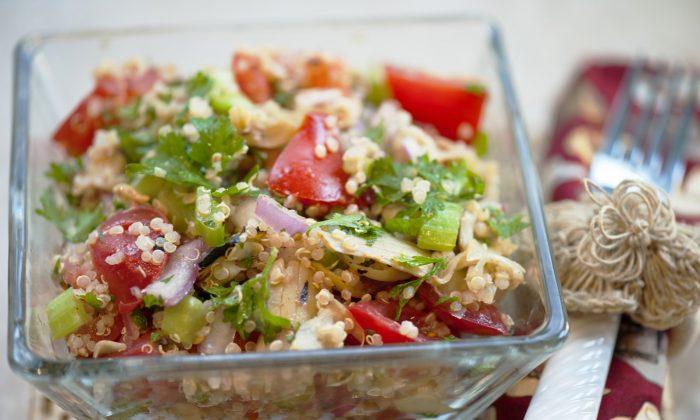 Artichoke, Parsley, Tomato, Quinoa Salad (Cat Rooney/Epoch Times)