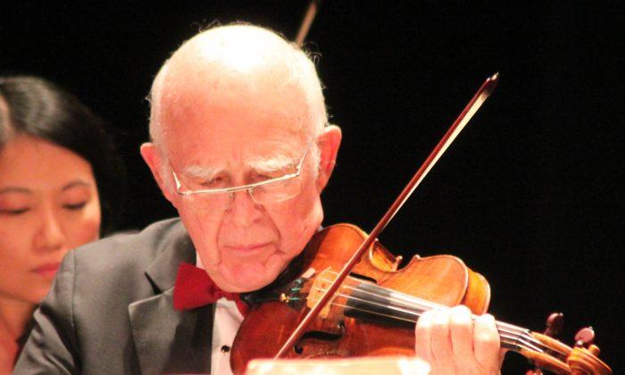 Joseph Silverstein playing the violin. (Courtesy of Paul Johansen, Berkshire Bach Society)