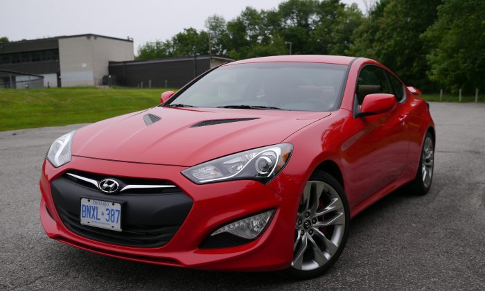 2013 Hyundai Genesis Coupe (Andrew Taylor)