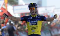 Nicholas Roche Wins Vuelta a España Stage Two, Vincenzo Nibali Takes Red