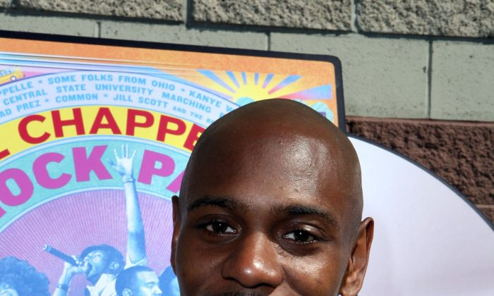 Comedian Dave Chappelle attends the DVD signing of 'Dave Chappelle's Block Party' on June 13, 2006 in Culver City, California. (Chad Buchanan/Getty Images)
