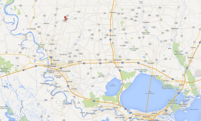 A screenshot of Google Maps shows Clinton, La.