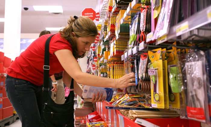 School teacher Liza Gleason shops for back to school supplies at a Target store in Daly City, Calif., on August 13, 2008. (Justin Sullivan/Getty Images)