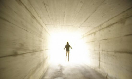 Woman Has Spiritual Near-Death Experience, Cancer Cured as Result?